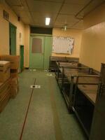 給食室につながる廊下