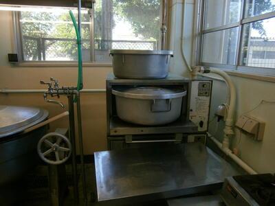 炊飯器です